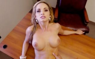 Extremely fit whore Ashley Sinclair with her hulk abs gets hammered