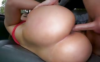 Valentina Jewels gets her tight slit roughly banged