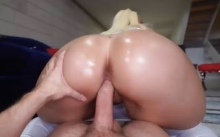 Alexis Andrews insanely jumping on meaty schlong